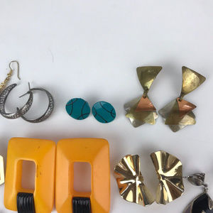 Vintage Jewelry - Vintage Retro Lot Of 12 Assorted Style Earrings
